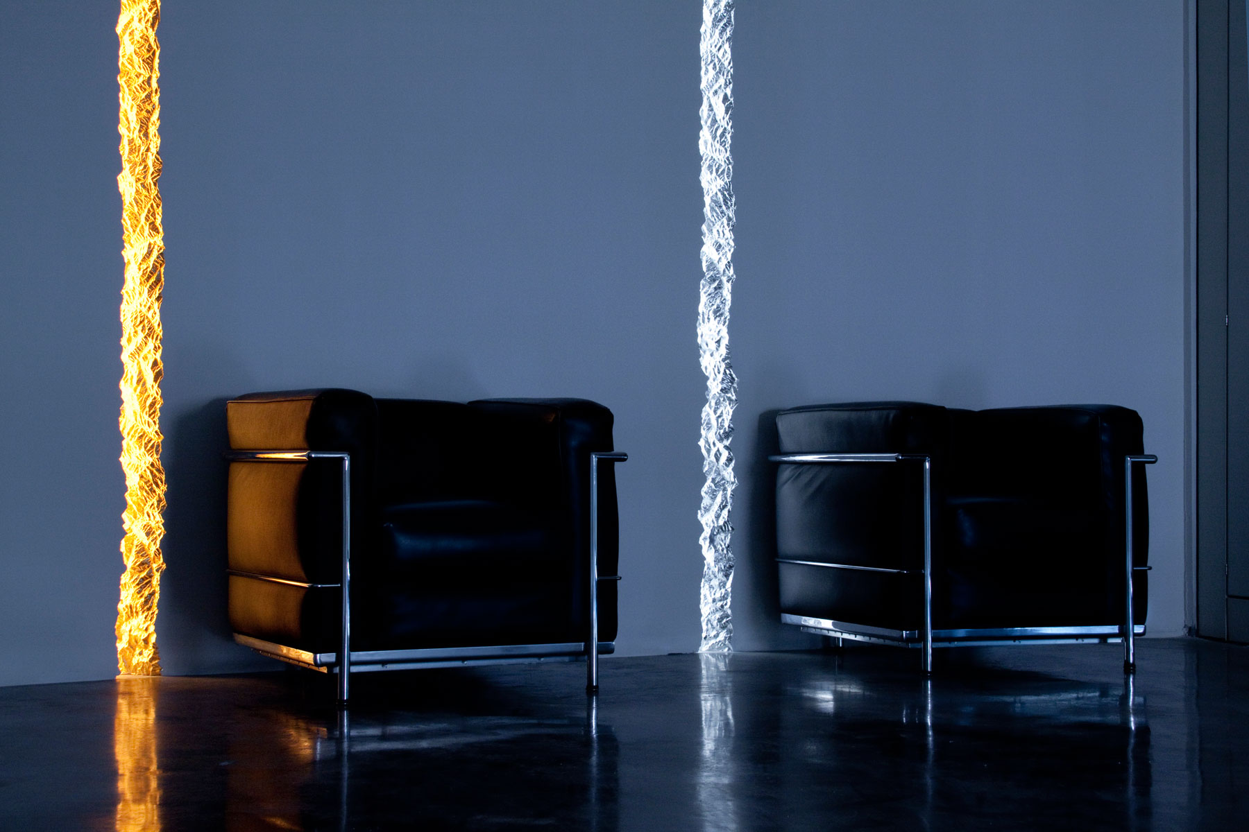 Wall Rupture Column by Thierry Dreyfus - FLOS Architectural Lighting