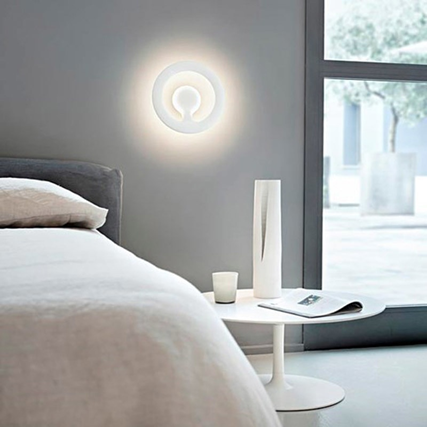 Marc Newson's innovative Orotund wall lamp